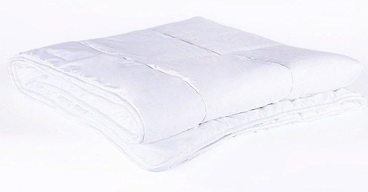 Зимние одеяла и их особенности. как выбрать теплое одеяло на зиму: какое лучше, с каким наполнителем купить, отзывы