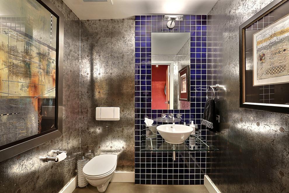 чем отделать стены в туалете