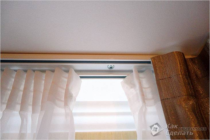 как крепить потолочный карниз к потолку