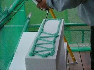Пена-клей: область применения, расход, отличие от монтажного состава