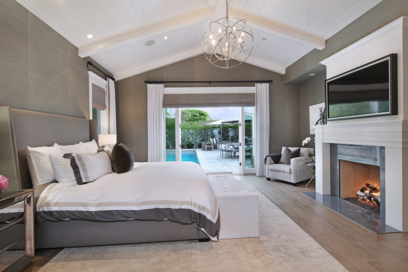 Люстры в спальню: ее роль и значение в интерьере, современный дизайнерский подход, фото лучших моделей