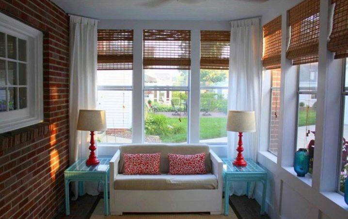 Бамбуковые шторы на дверной проем — виды, советы по установке