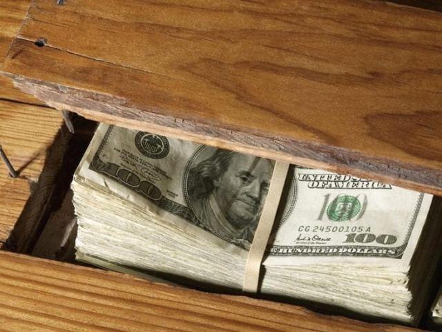 куда спрятать деньги