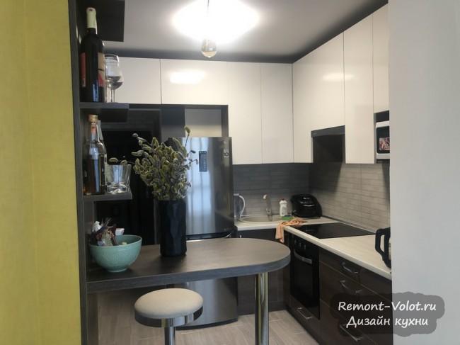 Угловые кухонные гарнитуры: 42 популярных фото с ценами