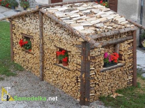 Убрались в дрова: как правильно сложить поленницу