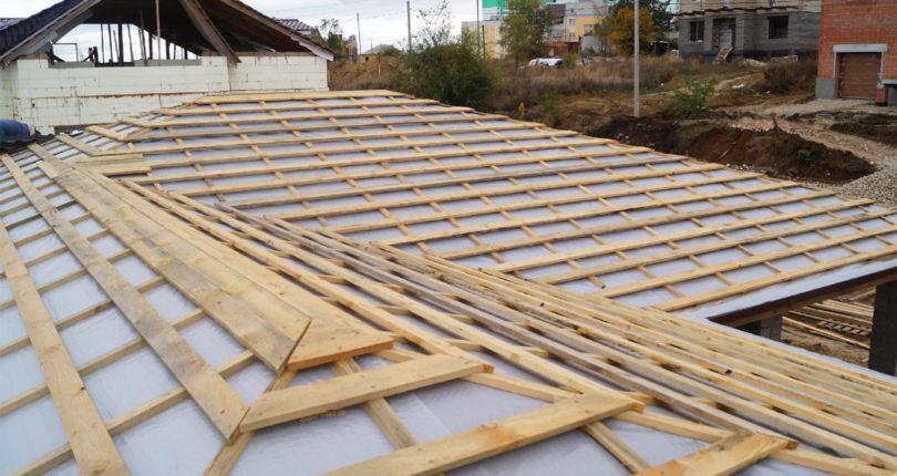 Ремонт крыши из шифера: как обнаружить и исправить дефекты поверхности