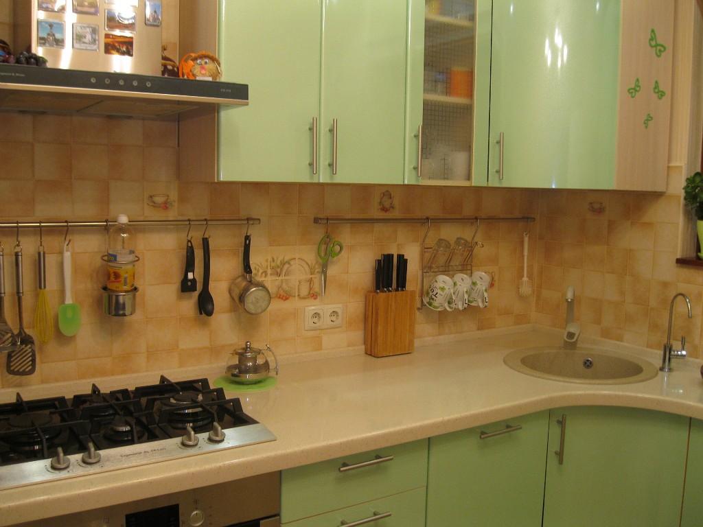 Рейлинги для кухни как расположить: высота, крючки для навесных систем