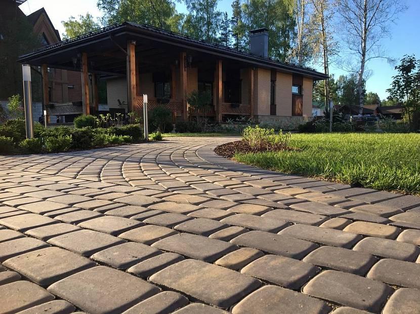 Полимерпесчаная плитка: какая лучше полимерная или тротуарная, отзывы, брусчатка для пола, производители материалов, прессованный песок