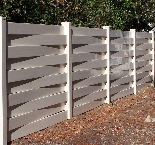 красивый забор для загородного дома