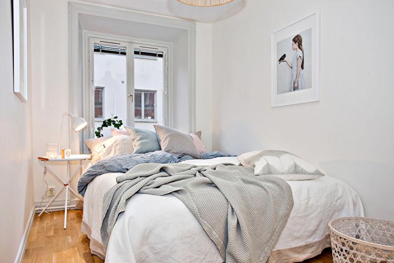 Оформление окна в спальне: варианты декора и их особенности, инструкция по украшению своими руками