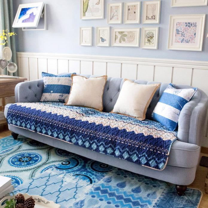 Плед на диван: как выбрать, виды диванных пледов, особенности
