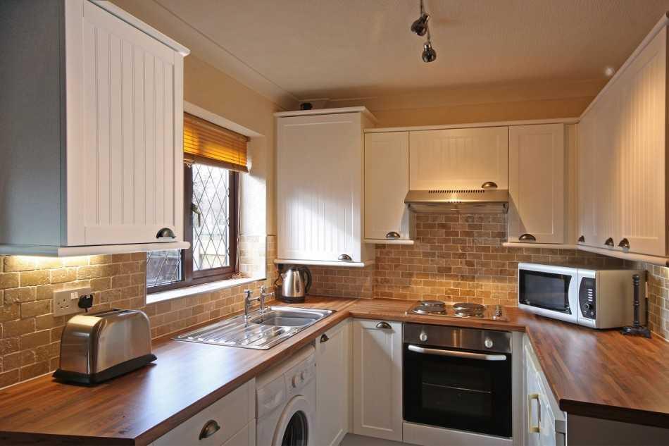 дизайн кухни маленькой площади в квартире