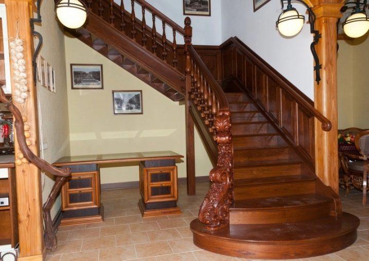 Современный дизайн лестниц для загородного дома: от «классики» до «ультра»-идей