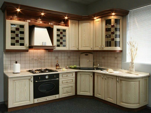 Как спрятать газовую трубу на кухне: правила и рекомендации