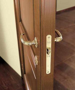 Входные двери с шумоизоляцией в квартиру, купить по цене от 17100 руб в москве