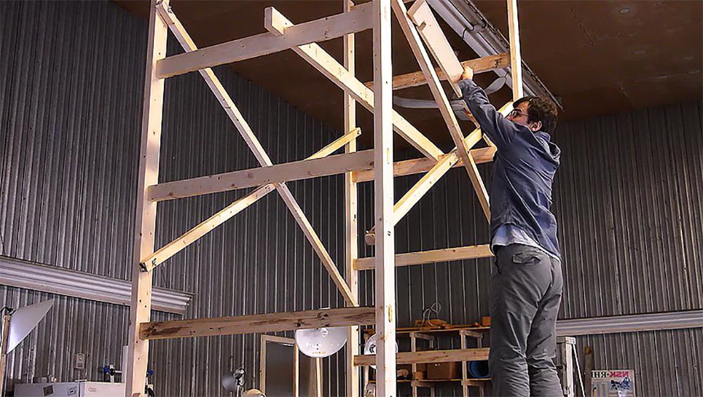 Как сделать строительные леса своими руками – практичные варианты монтажа