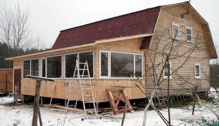 Как утеплить крышу загородного дома своими руками