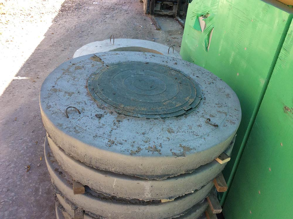 Бетонные крышки для закрытия колодцев
