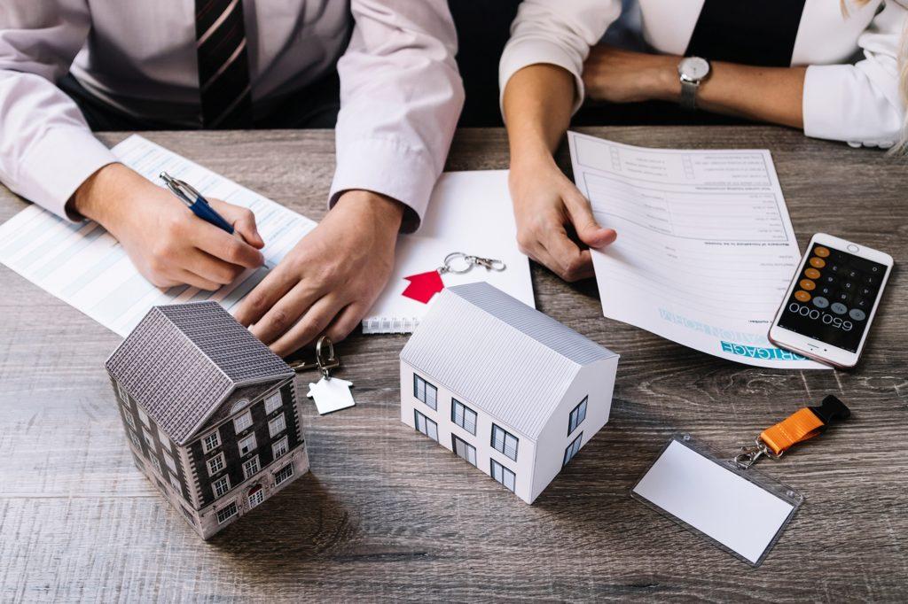Сколько стоит застраховать дом, страховка дома от пожара, калькулятор росгосстрах, стоимость страхования дачи, загородного дома в деревне без осмотра