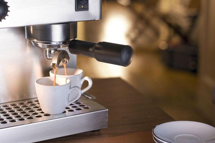 Как выбрать рожковую кофеварку для дома, рейтинг лучших
