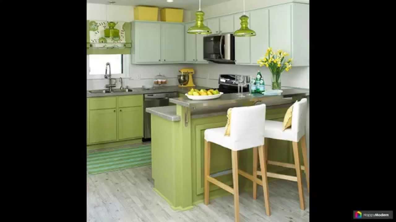 Коричневая кухня: сочетание классики с белым фартуком, столешницей, стенами, плиткой - классическая по таблице