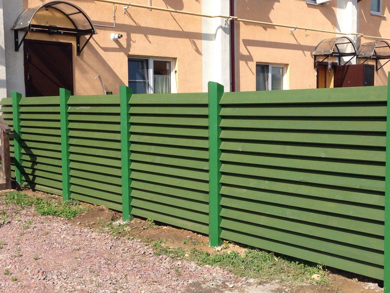 Забор-жалюзи: особенности конструкций