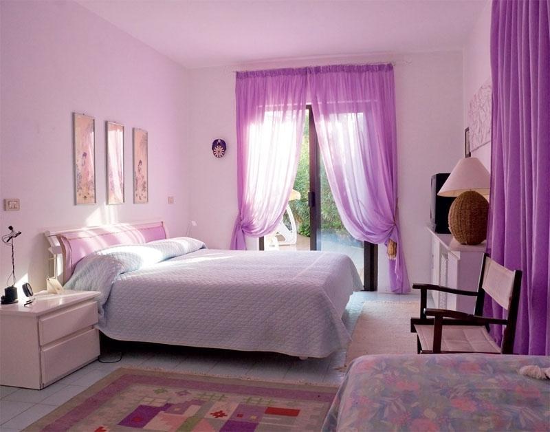 Фиолетовые обои: фото в интерьере, для стен, цвета комнаты, темные с цветами, с узором и рисунком, ультрафиолетовые, подводный мир, видео фиолетовые обои в интерьере: от цветочного до туманного – дизайн интерьера и ремонт квартиры своими руками