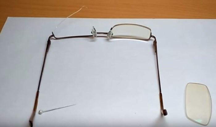Как склеить очки из пластика? | интервью