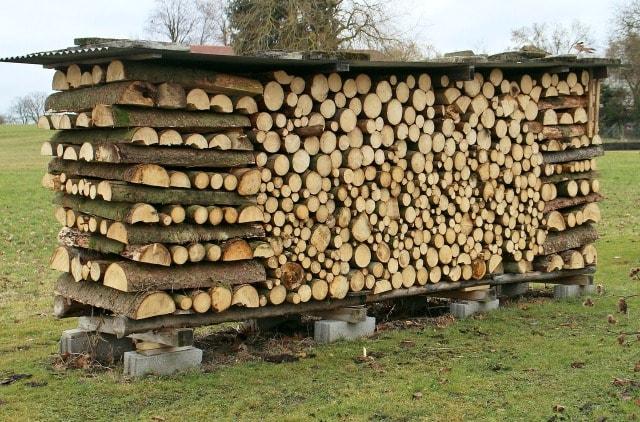 как правильно сложить дрова