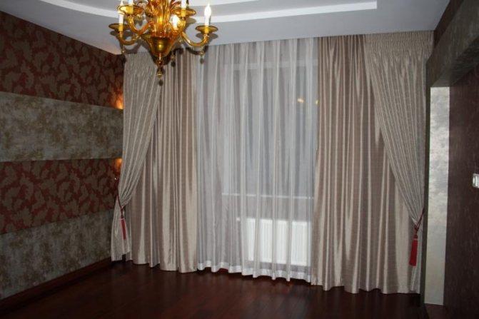 Современные занавески в зал: фото варианты