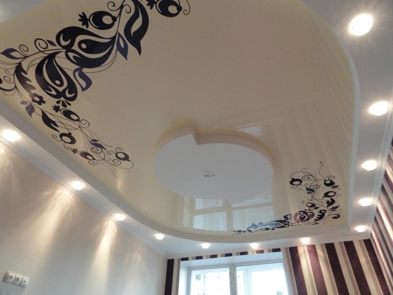 Натяжные потолки с 3д фото