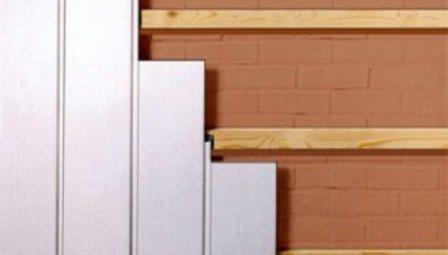 Обшивка стен туалета стеновыми панелями