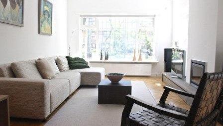 Гостиная с угловым диваном дизайн