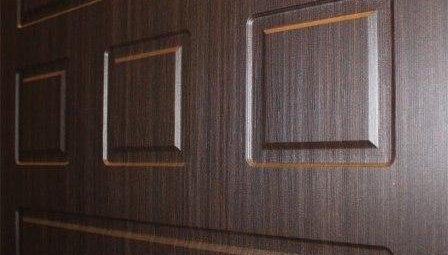МДФ-накладку на металлическую дверь