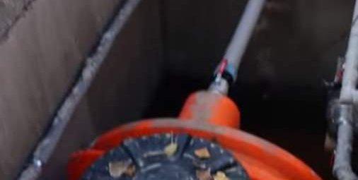 утеплить трубу от скважины до дома
