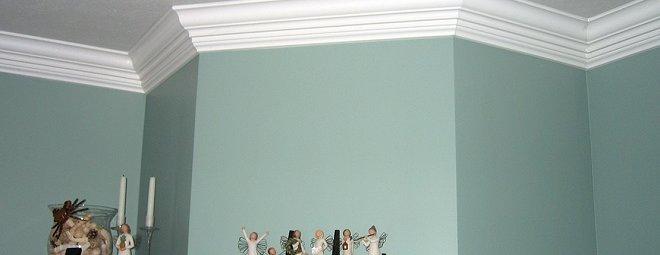 Потолочный плинтус для натяжных потолков - виды